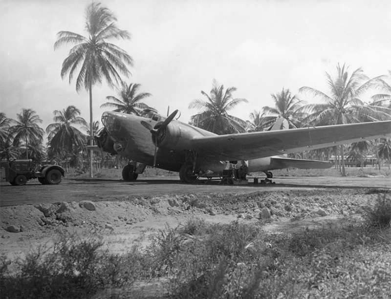 Douglas_B-18_sits_on_airfield_in_Panama_(00910460_139)